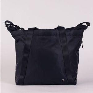 Lululemon Carry the day Bag Midnight Blue